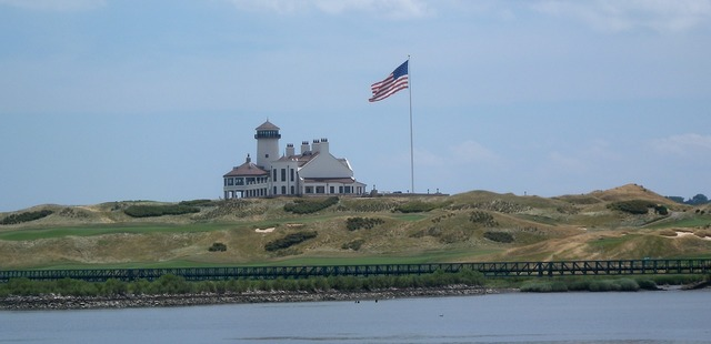 Bayonne golf club, architecture buildings.
