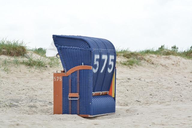 Beach chair basket beach, travel vacation.
