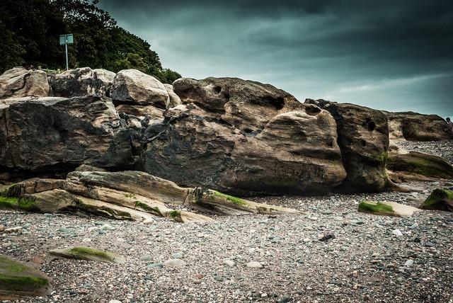 Beach scotland dragon, travel vacation.