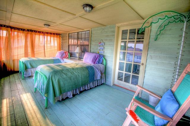 Bedroom sleeping room bed, architecture buildings.