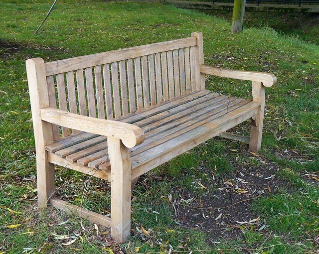 Bench seat sit.