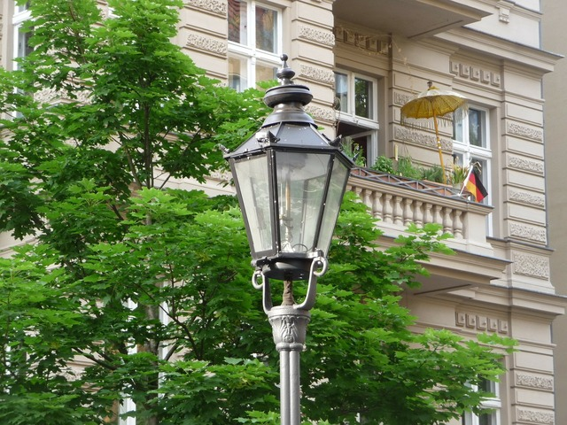 Berlin capital gas lantern, transportation traffic.