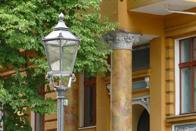 Berlin kreuzberg gas lantern, transportation traffic.