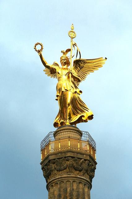 Berlin siegessäule capital.