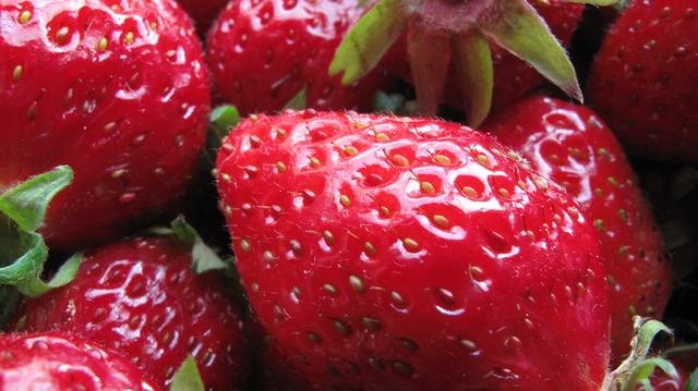 Berries strawberries macro.