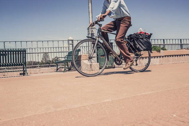 Bicycle bike riding a bike, transportation traffic.