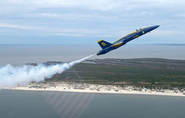 Blue angels aircraft flight.