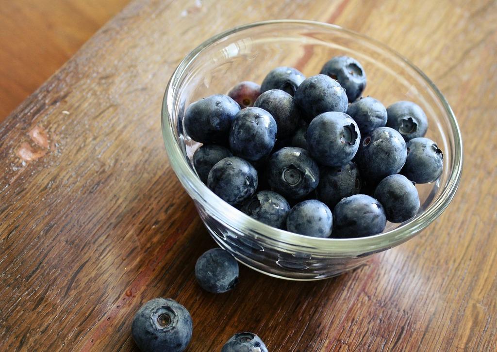 Blueberries fruit sweet, food drink.