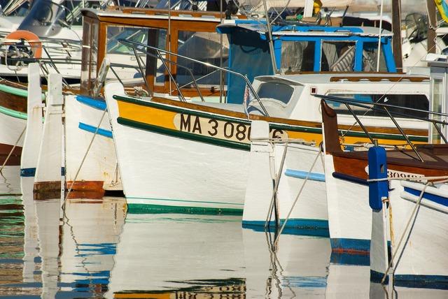 Boat barque fishing-boat.