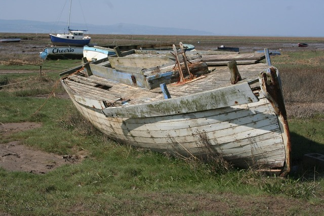 Boat damaged wreck.