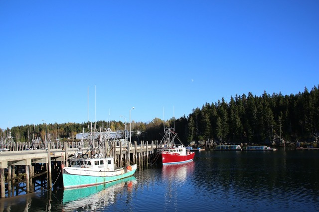Boat jetty canada.