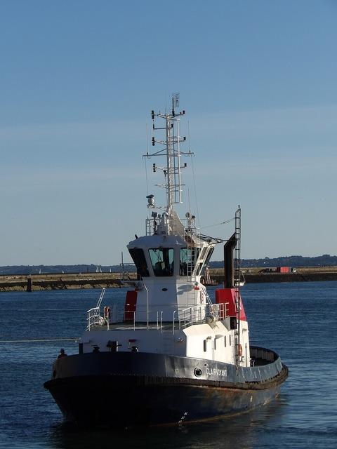 Boat ship tug.
