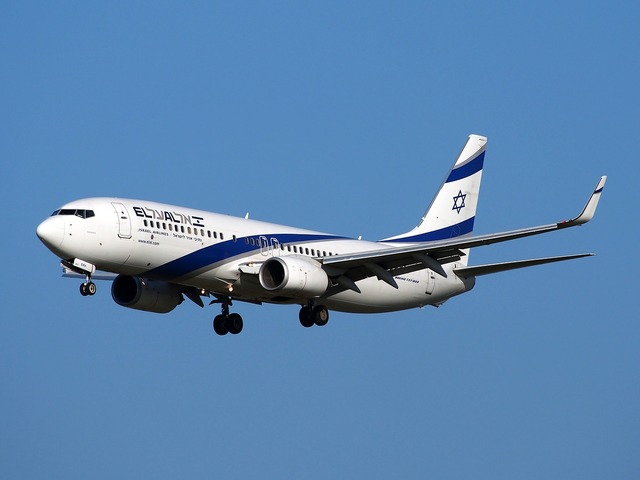 Boeing 737 israeli airlines take off, transportation traffic.