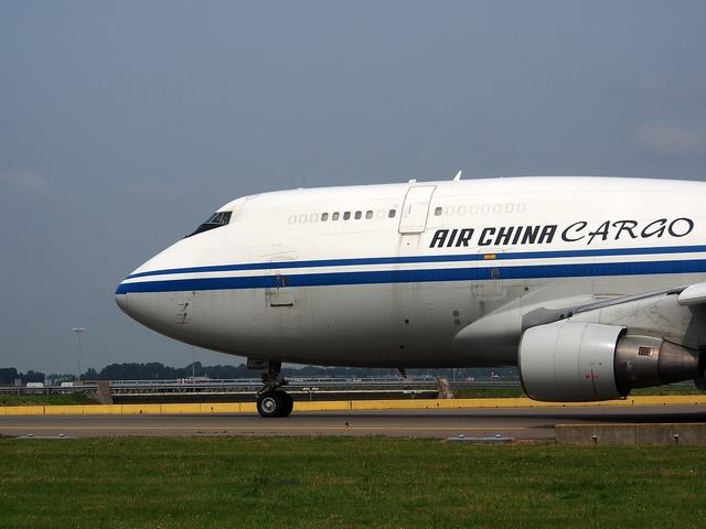 Boeing 747 air china cargo bow, transportation traffic.