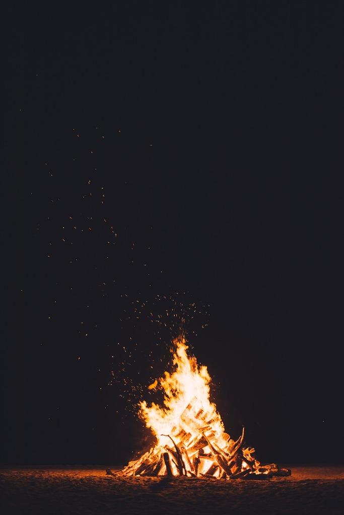 Bonfire burning dark.