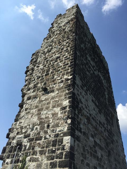 Bonn dragon rock ruin, travel vacation.
