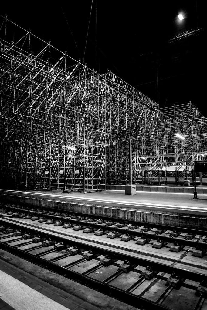 Bordeaux train rail, architecture buildings.