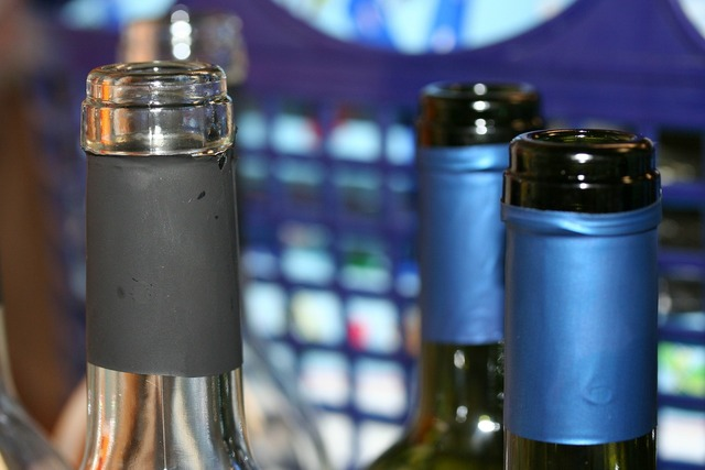 Bottle bottleneck wine, food drink.
