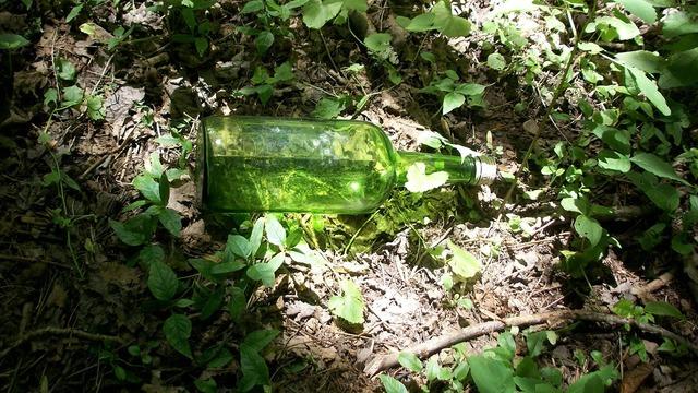 Bottle glass green.