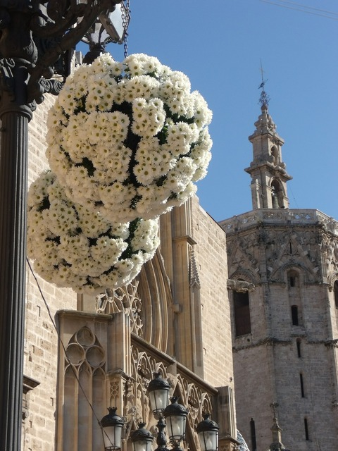 Bouquets flowers ornaments, architecture buildings.