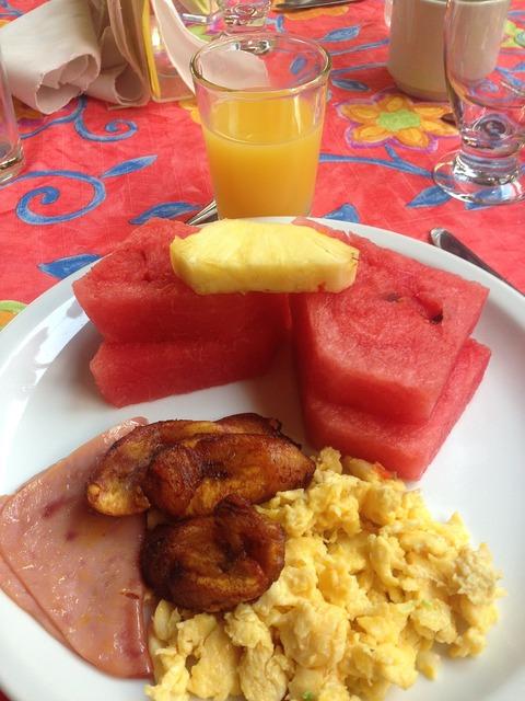 Breakfast fruit eggs, food drink.