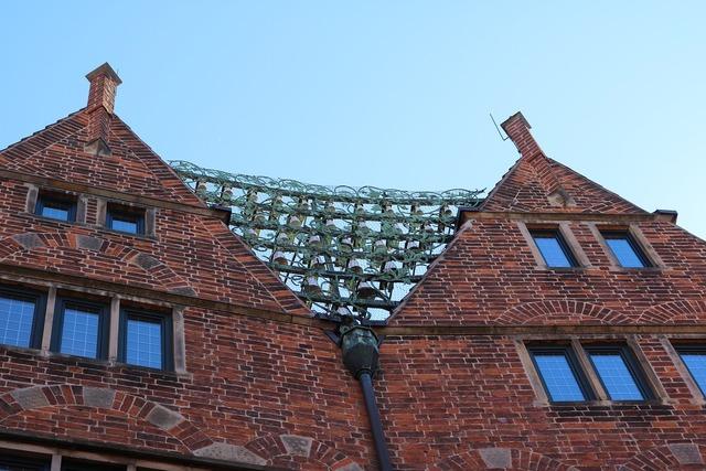 Bremen hooper street glockenspiel.