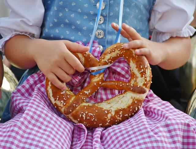 Breze pretzels child, people.