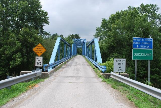 Bridge kentucky quicksand, transportation traffic.