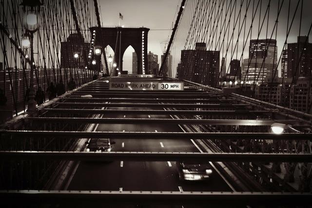 Brooklyn bridge black.