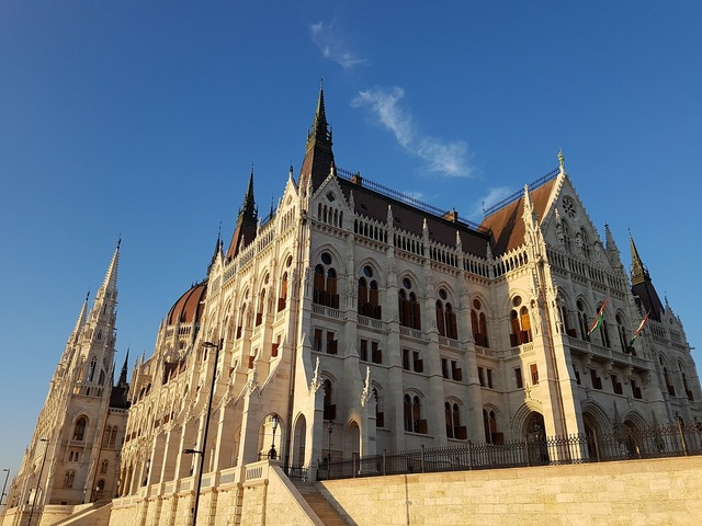 Budapest parliament hungary, places monuments.