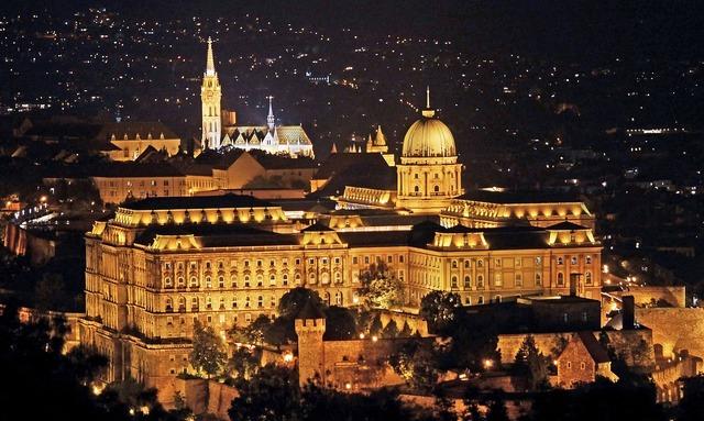 Budapest royal palace matthias church, architecture buildings.
