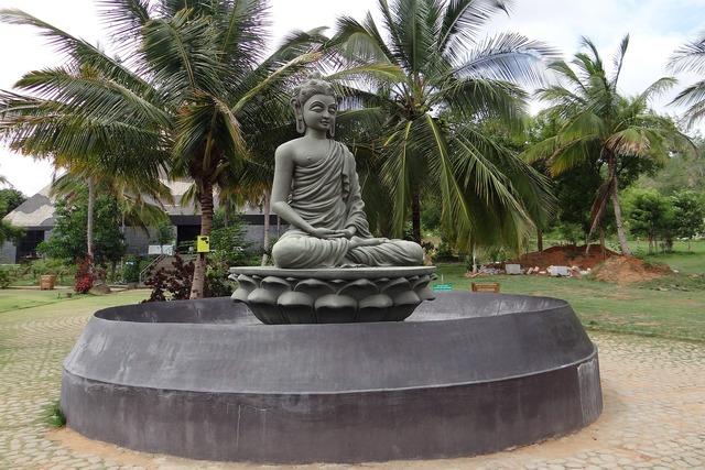 Buddha statue pyramid valley pyramid.