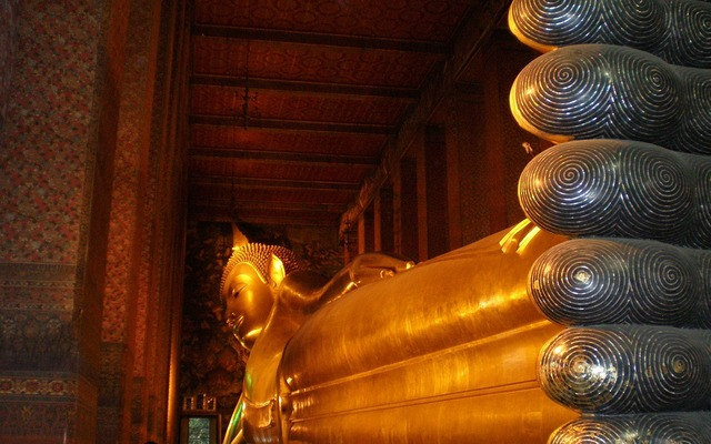 Buddha statue reclining, religion.