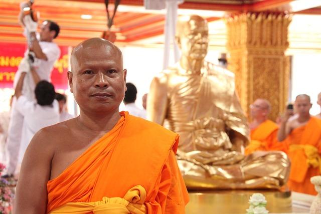 Buddhist buddhists monks, religion.