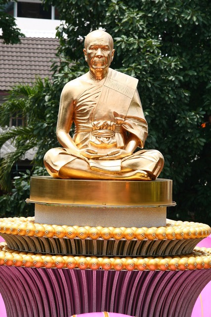 Budha monk gold, religion.