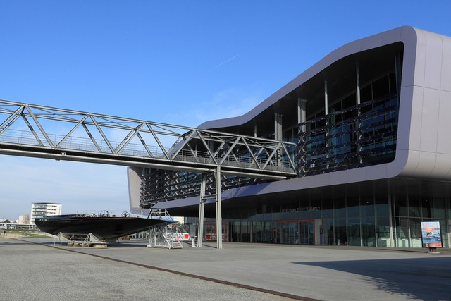 Building modern architecture vitreous, architecture buildings.
