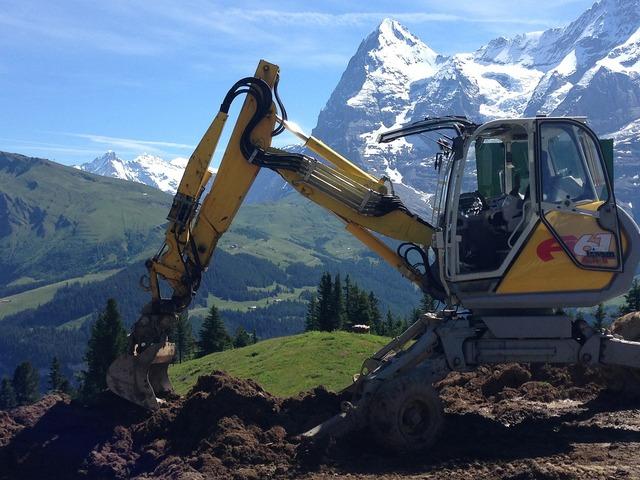 Bulldozer construction machine, transportation traffic.