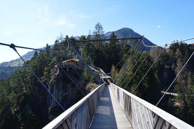 Bungee jump benni raich bridge bungee jumping.