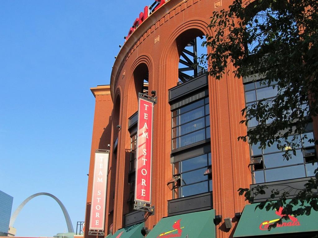 Busch stadium baseball gateway arch, sports.