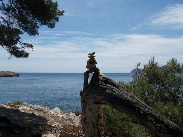 Cairn stones sea, travel vacation.