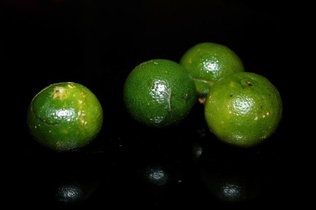 Calamansi fruit round, food drink.