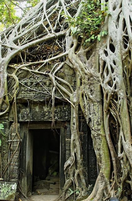 Cambodia angkor angkor thom, religion.