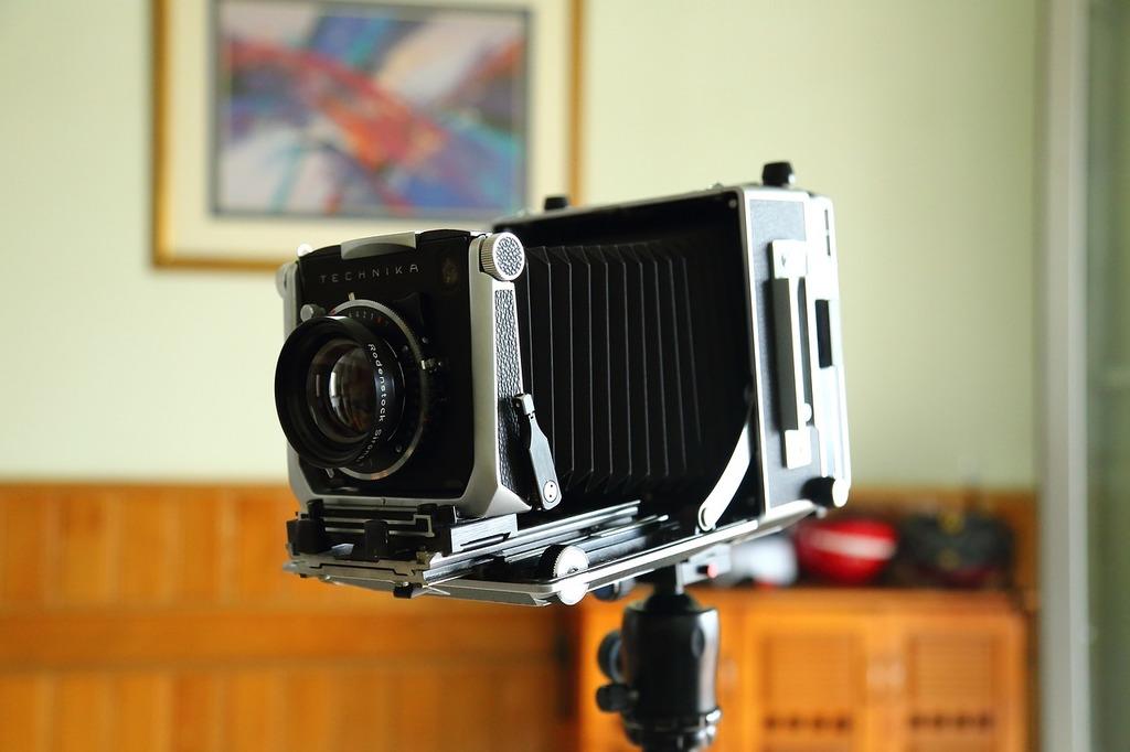 Camera lens digital, science technology.