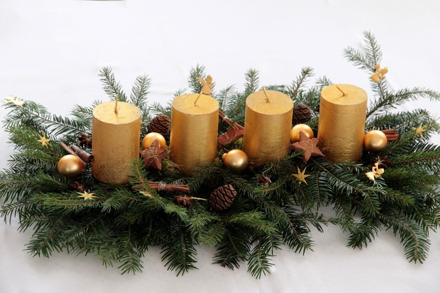 Candle advent wreath advent arrangement.