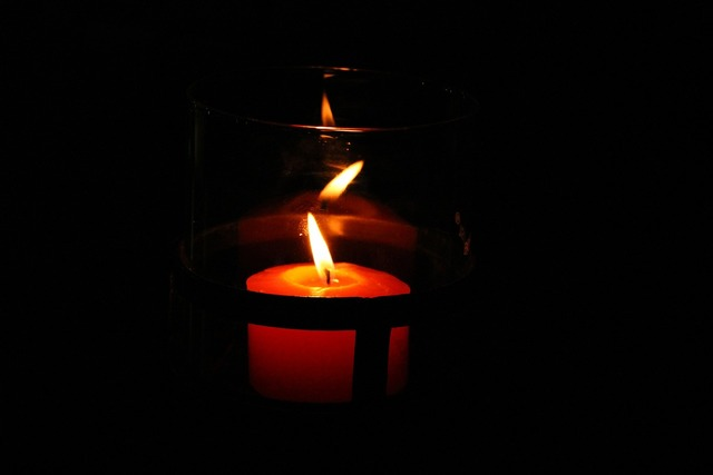 Candle reflections pub.