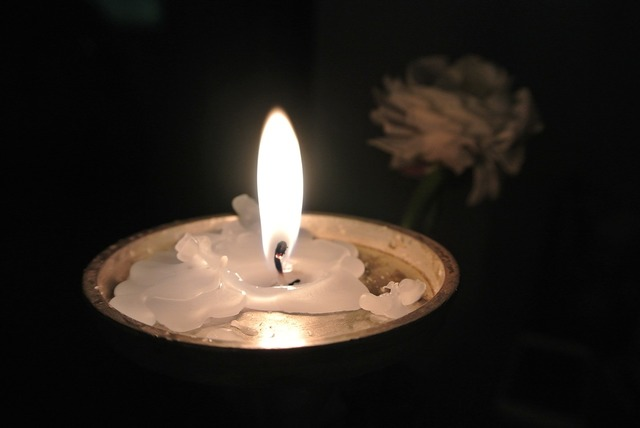 Candlelight candle atmosphere.