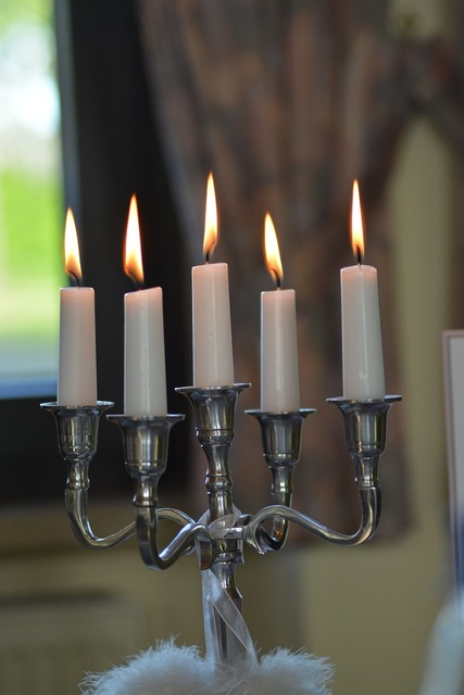Candles candlestick fire.