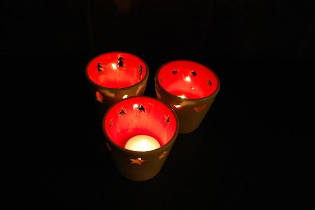 Candles christmas lights.