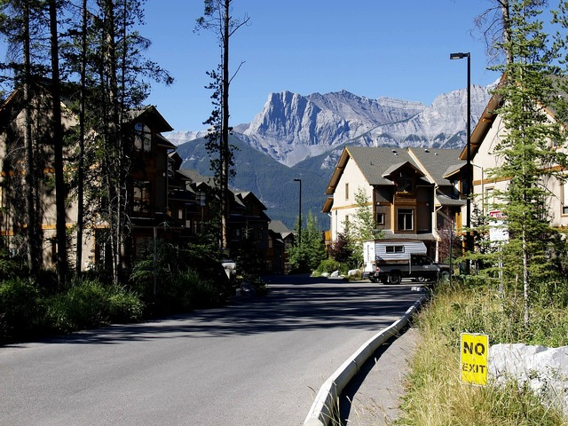 Canmore city town, architecture buildings.