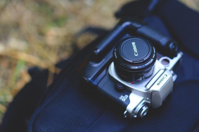 Canon camera analog, science technology.